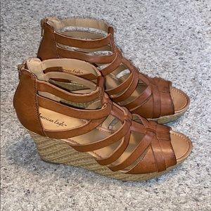 American eagle strappy wedges